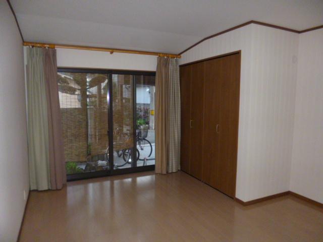 大阪府 八尾市 和室から洋室への変更工事施工事例写真