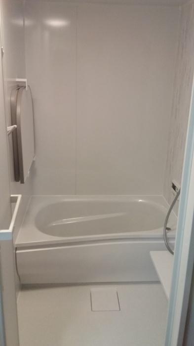 奈良県  大和高田市 O様邸 洗面室・浴室・給湯器交換工事施工事例写真